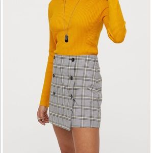 Black and yellow checker wrapped skirt